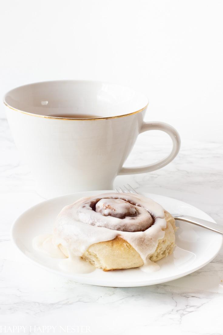yummy cinnamon breakfast rolls