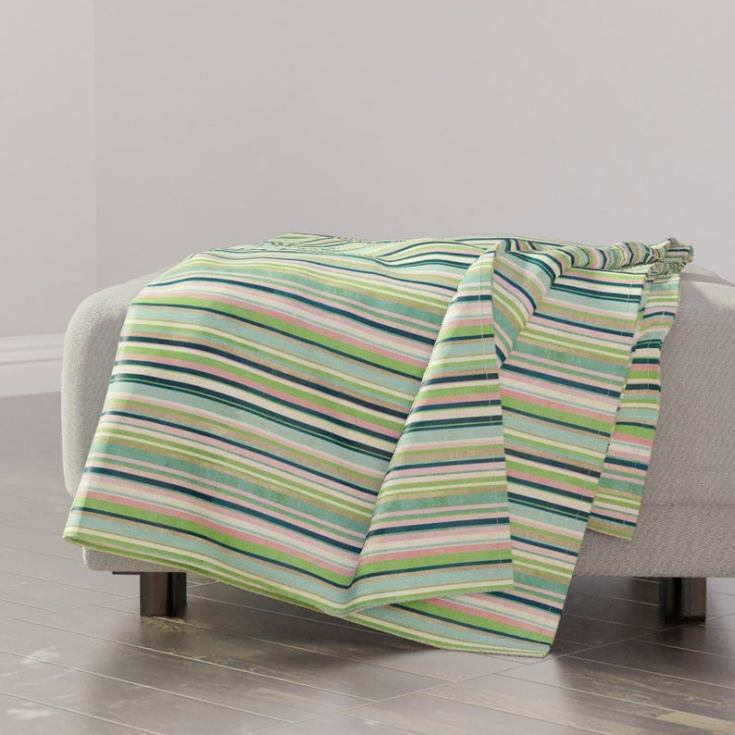 where to find unique throw blankets