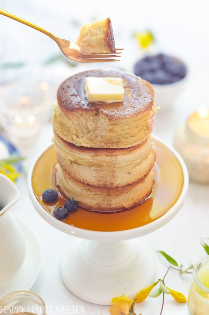 This image has an empty alt attribute; its file name is how-to-make-fluffy-japanese-pancakes-682x1024.jpg
