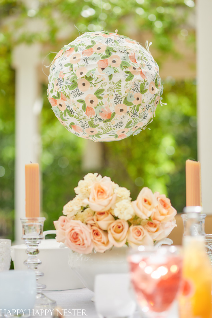 how to decorate a paper lantern