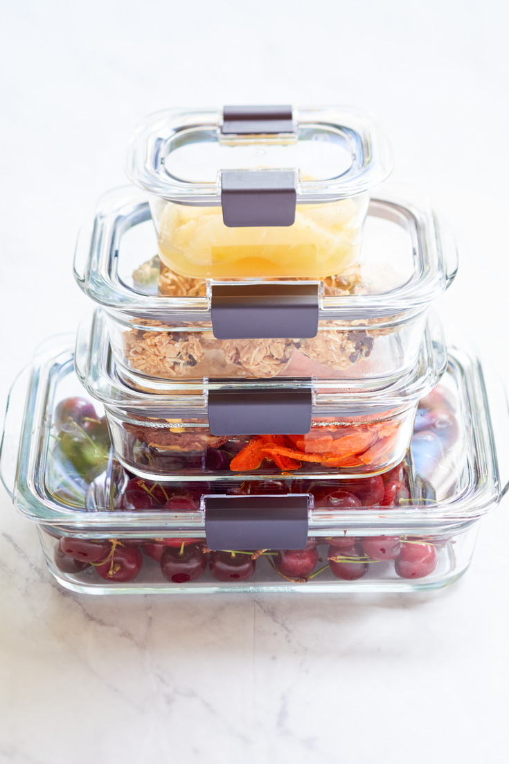 rubbermaid brilliance containers