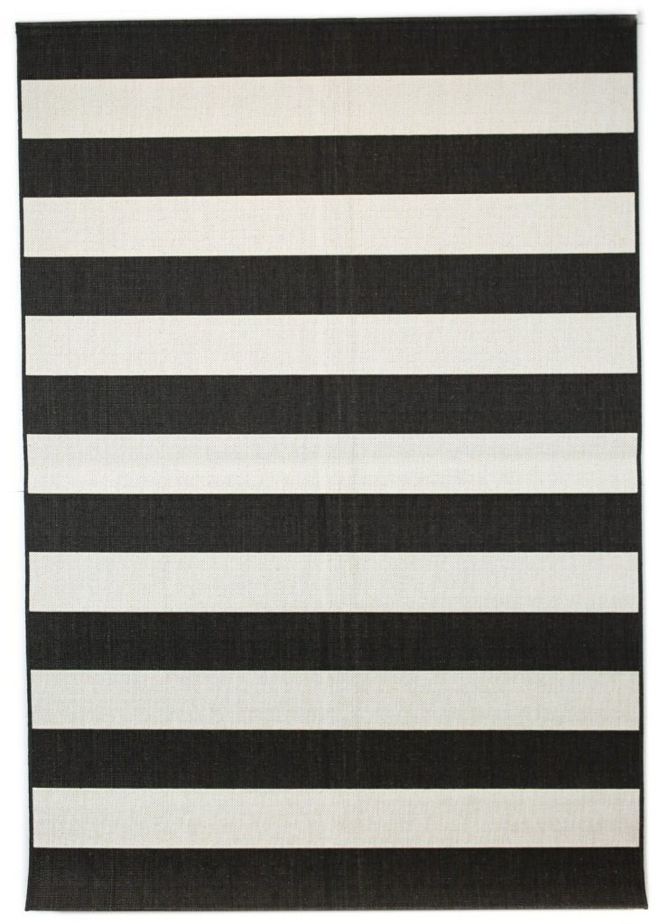 outdoor rugs for fall