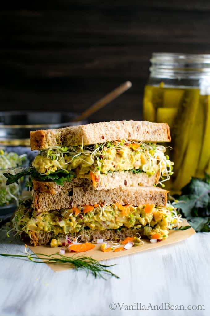 Smashed Chickpea Salad Sandwich - vegetarian lunch recipes