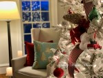 5 Steps to Decorating a Flocked Tree to Look Like a Designer Christmas Tree