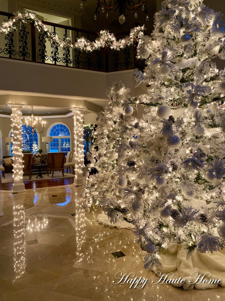 Foyer Christmas 2019-21