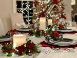 Our Thanksgiving to Christmas Kitchen Table
