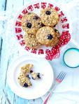 These Blueberry Baked Oatmeal Cups are super quick to prepare and make a great healthy breakfast option! They are like oatmeal in portable muffin form! NO flour, NO oil, NO refined sugar!
