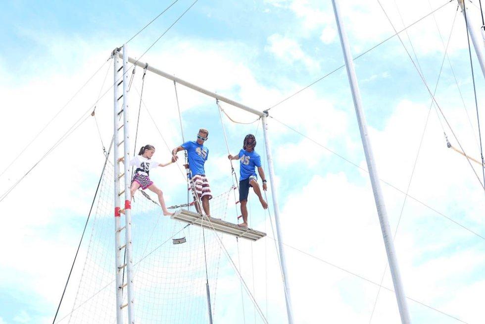 MEghan trapeze Club Med Cancun Yucatan
