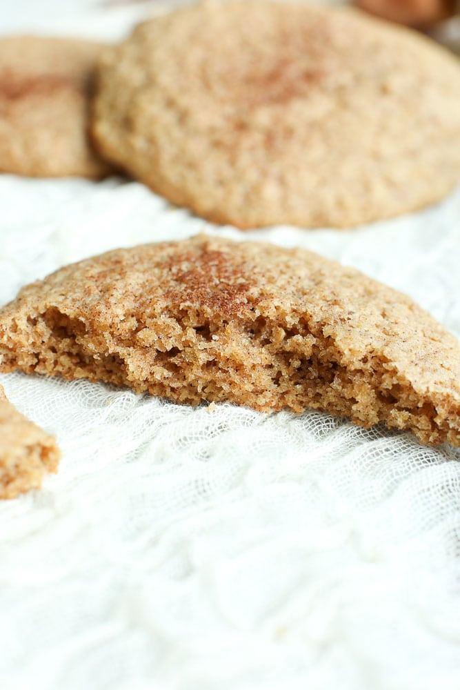 texture of Low Carb Flaxseed Cinnamon Breakfast Cookies