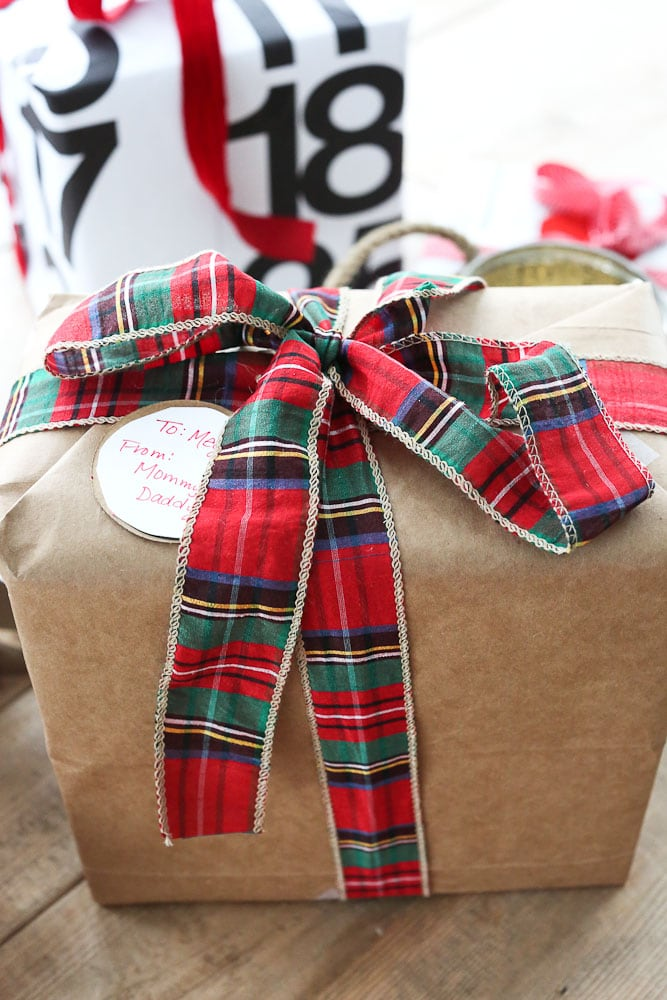 Upcycled Gift Wrapping Ideas-brown paper bag