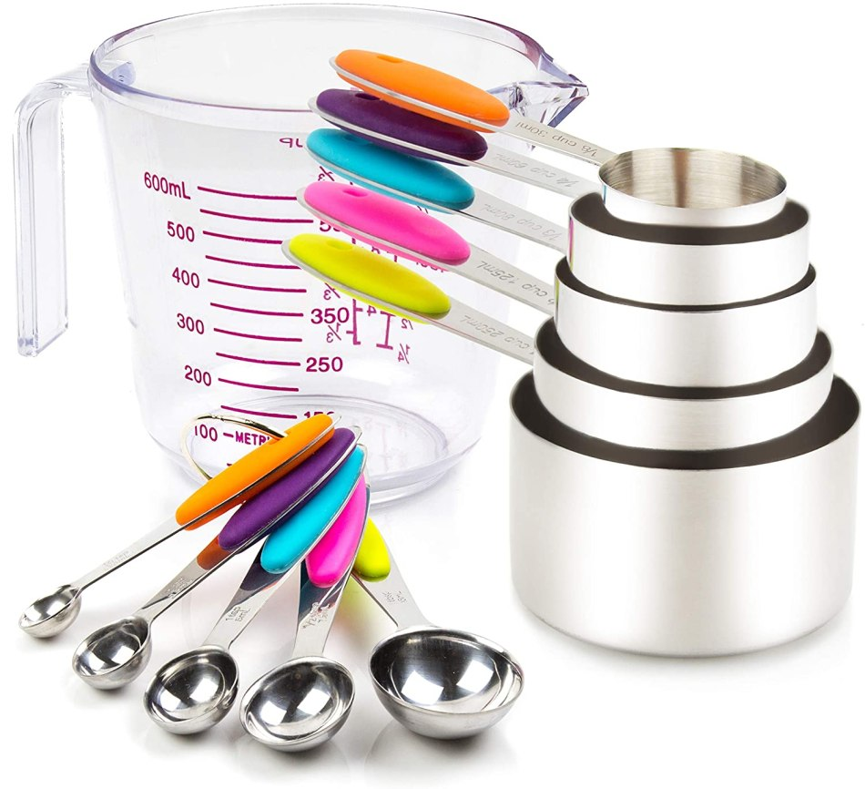 Wet and Dry Measuring Cups