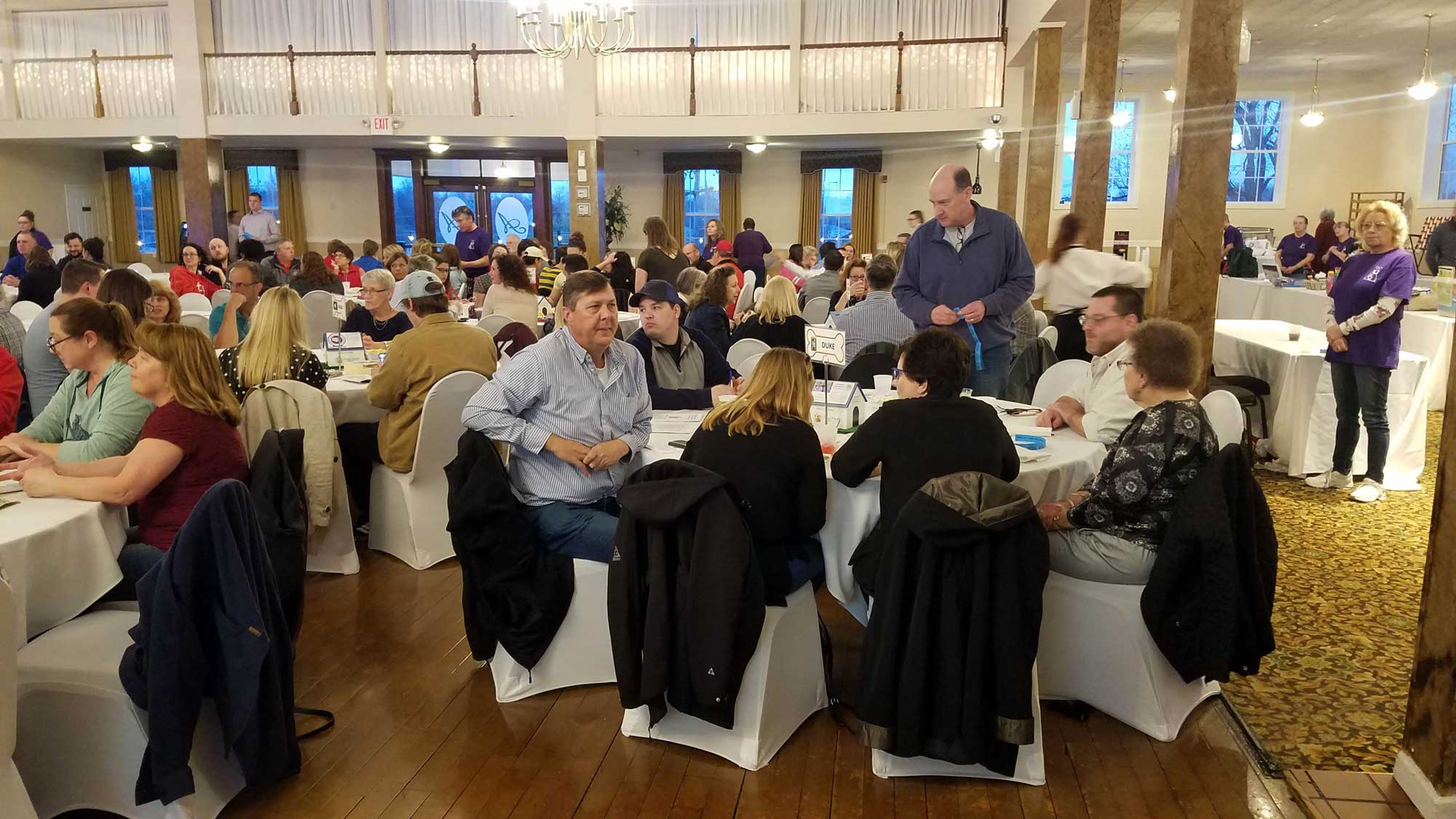 2019 - Trivia Night Fundraiser crowd