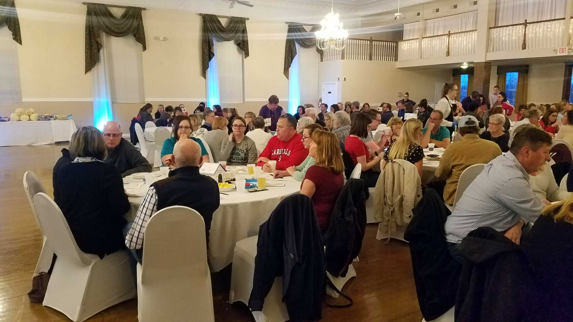 fundraising trivia night crowd in 2019