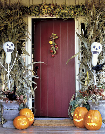 halloween front door image from countrylivingcom - Christian Halloween Decorations