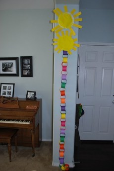 Countdown to Summer Paper Chain Fun!