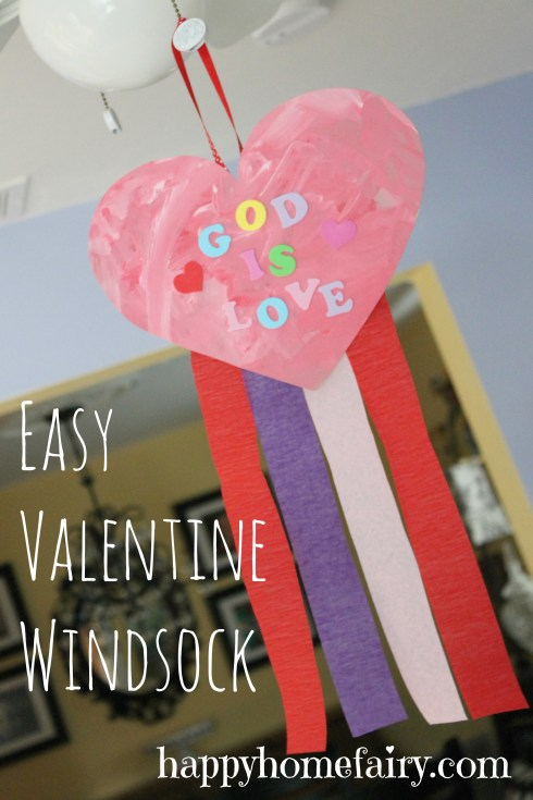 easy valentine windsock at happyhomefairy.com