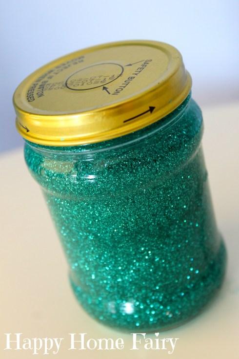 calm down glitter jar - such a cute idea!!!