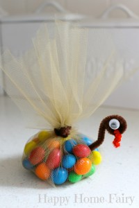 candy-filled turkey favors!