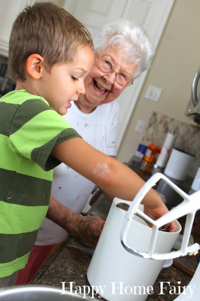 baking with grandmommy 7.jpg