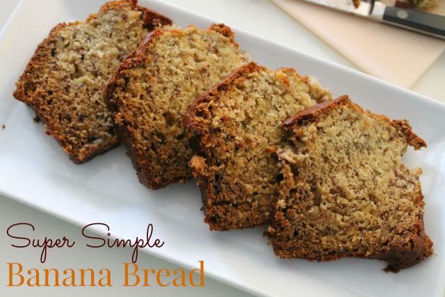 super simple banana bread recipe at happyhomefairy.com