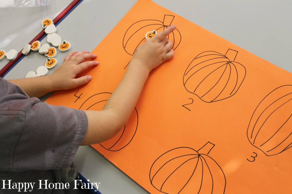 easy counting pumpkin activity 1