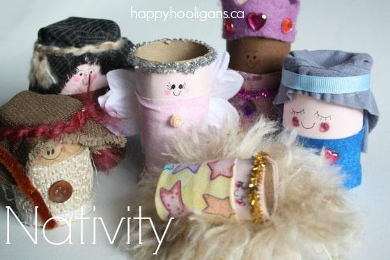 cardboard roll nativity scene