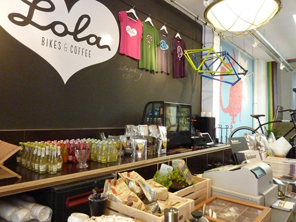 Lola-Bikes-and-Coffee-P1040337