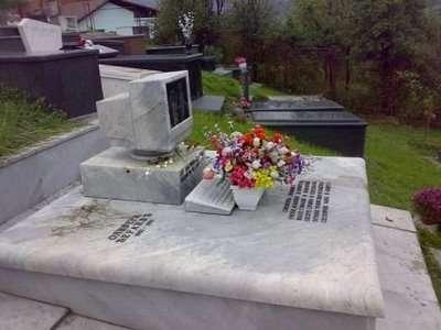 Internet Graveyard