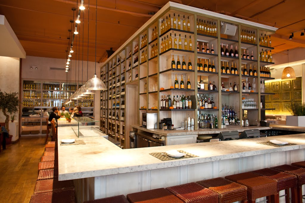 Fig  Olive Brings Great Happy Hour to Melrose Place