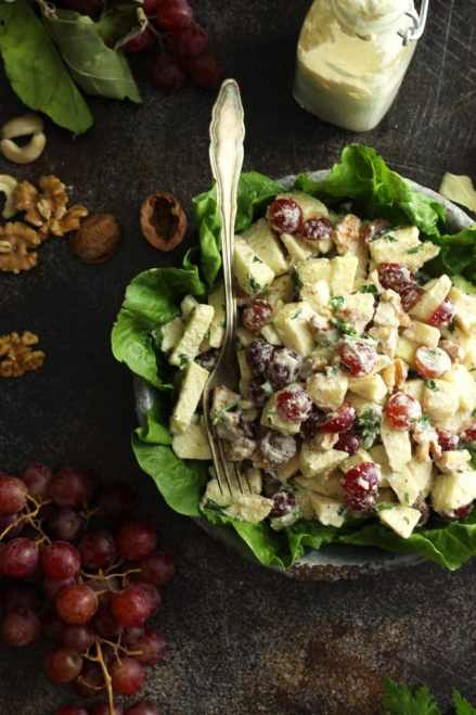 This healthy Waldorf salad is a vegan take on the classic Waldorf salad. Deliciously creamy apple cider vinegar dressing is used instead of mayonnaise for a lighter and fresher version. Perfect for your Labor Day vegan menu!