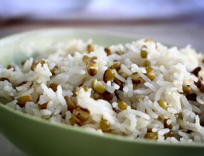 Вареный рис с машем