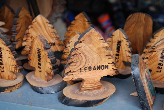 Сувениры из Ливана: ливанский кедр, резьба по дереву