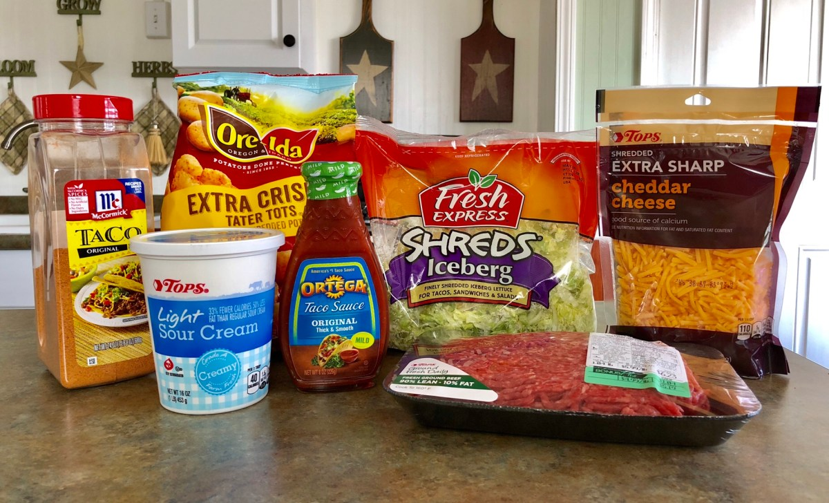 Loaded Totchos ingredients list #totchos #tatertotnachos #cincodemayo #tatertotrecipes #mexicanrecipes