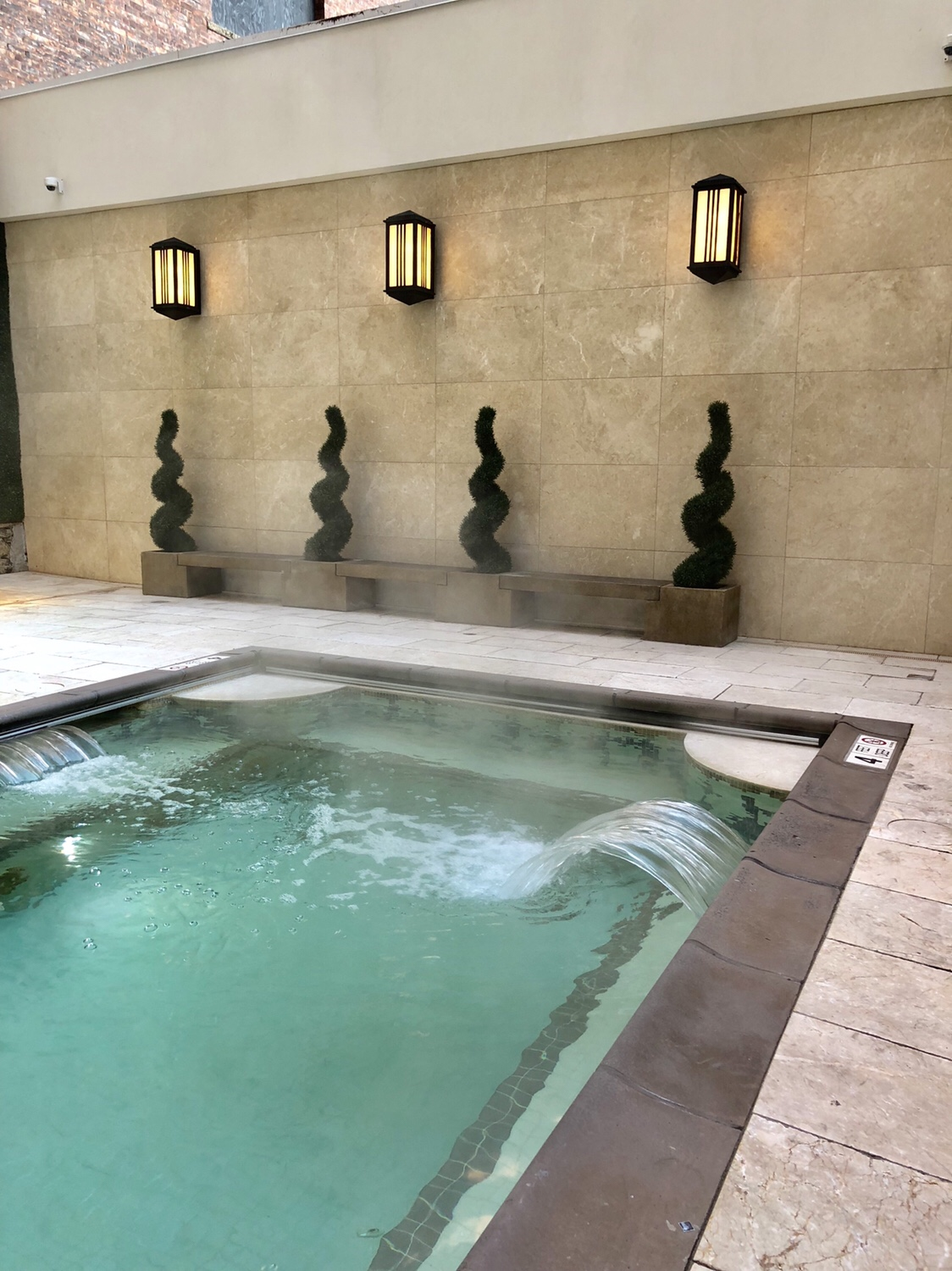 Luxurious Hot Springs at the Curtiss Hotel #hotspringsbuffalo #buffalony #curtisshotel #buffalohotels #luxuryhotels