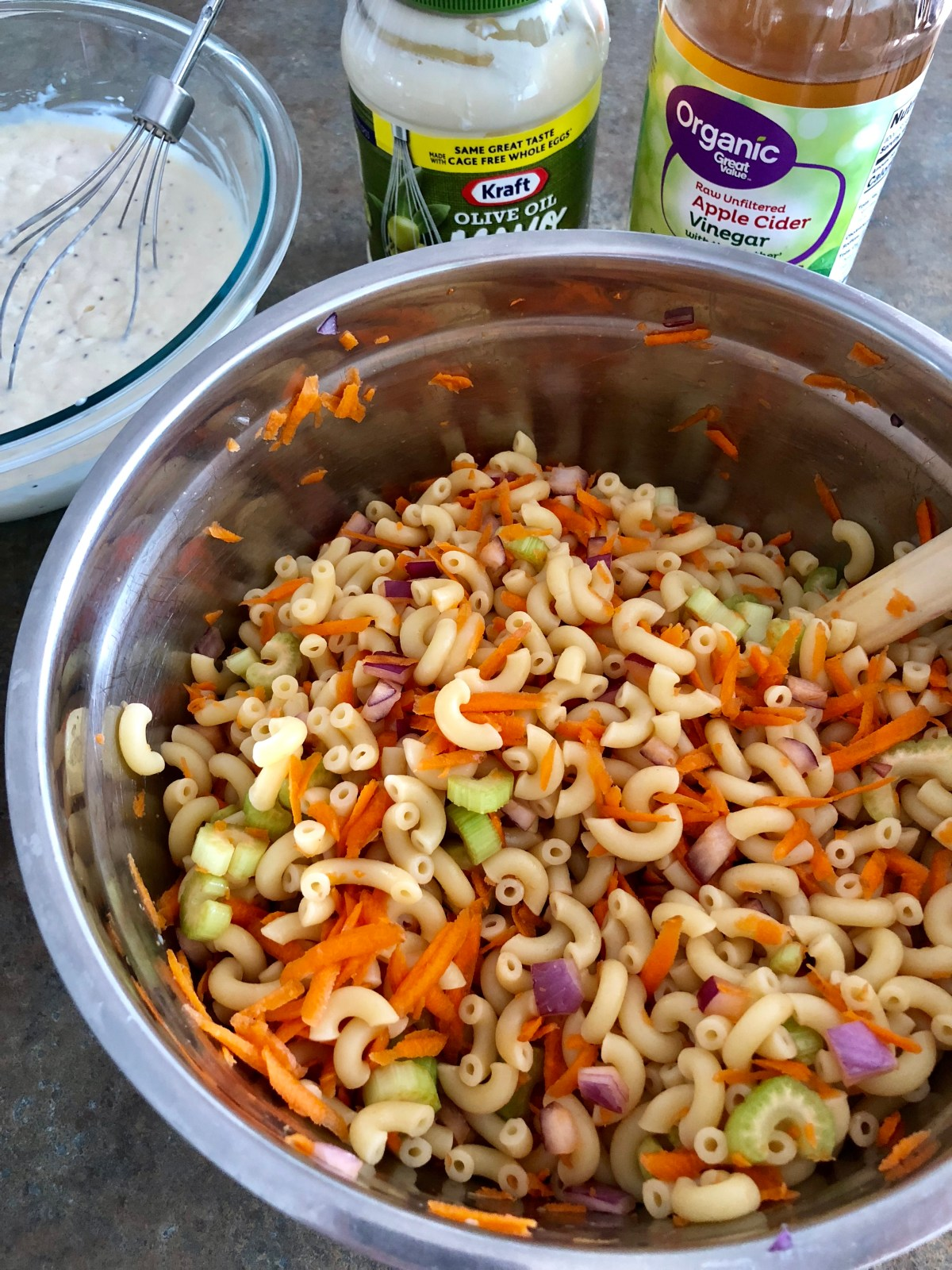 Sweet and Tangy Macaroni Salad by Happylifeblogspot@yahoo.com #macaronisalad #sweetmacaronisalad #pastasalad #potluckrecipes #summersidedish