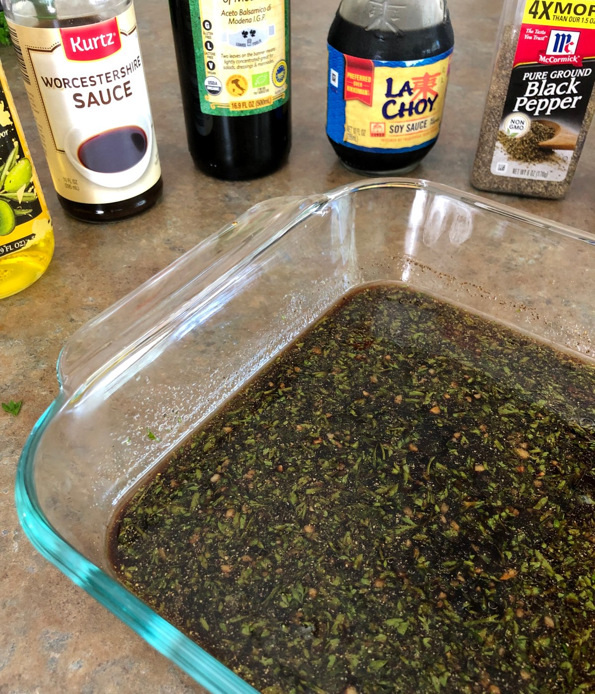 Worcestershire sauce, fresh parsley, balsamic vinegar, soy sauce, olive oil, minced garlic, black pepper and cayenne pepper in a shallow dish.