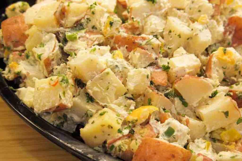 zdravý bramborový salát