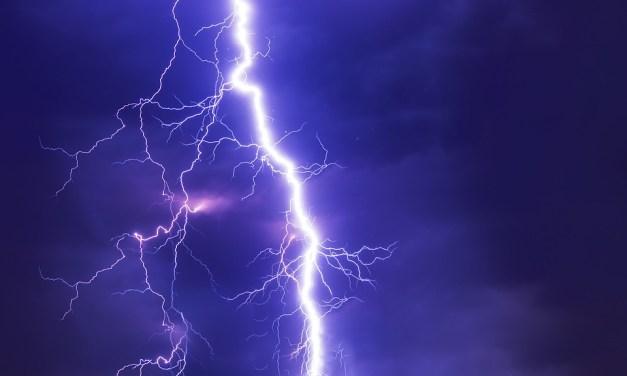 Co dělat při bouřce a jak zůstat v bezpečí?