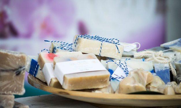 Jak vyrobit domácí mýdlo z přírodních ingrediencí