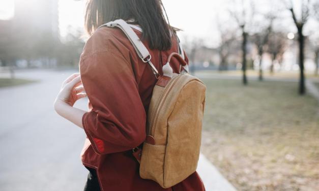Seznamte se s UASHMAMA: tašky a doplňky z pratelného papíru