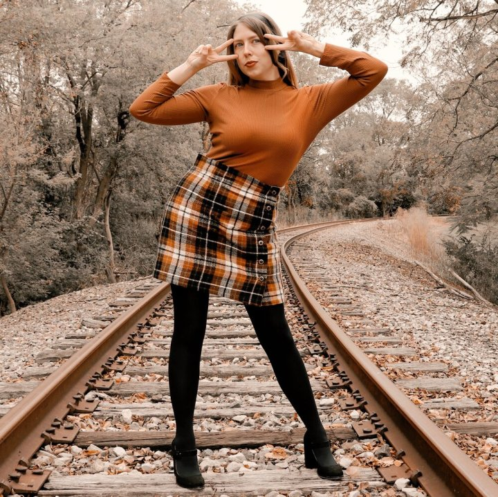 Sabrina Spellman Outfit Ideas