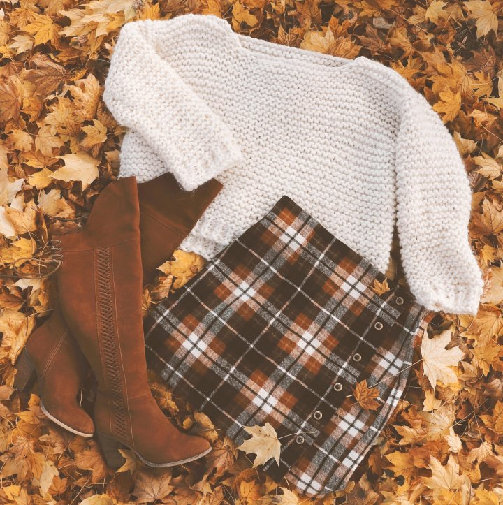 3 Different Ways To Style A Chunky Knit Sweater For Fall