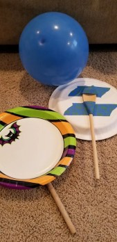 Indoor Rainy Day Activities for Kids. Family Game Night fun with these easy DIY Games. Things to do in the winter time for indoor kids activities too! Your kids will love them! #kidsgames, #indoorgames, #rainydayactivities