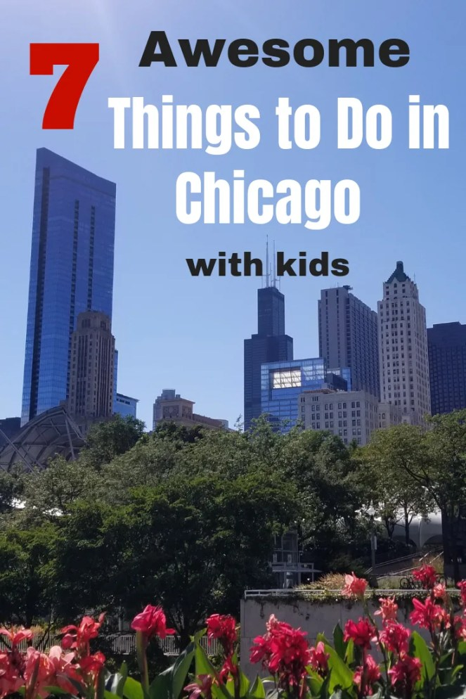 7 Fun things to do in Chicago with kids you won't want to miss. Explore an amazing playground and zoo in the summer. Ice skate in Millennium Park in the winter. Don't forget the great Museums and aquariums too. So many awesome Chicago Attractions your family will love for a weekend getaway or stay-cation!! #chicagoattractions, #familyvacation, #traveltip