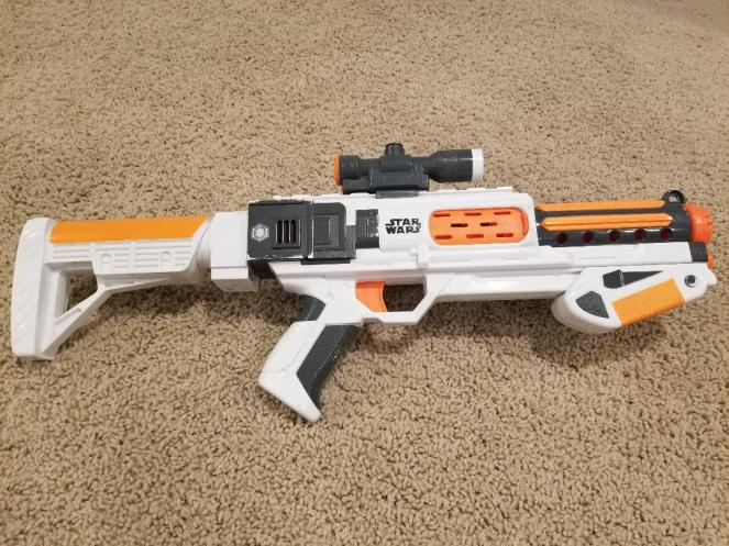 Star wars fans will love the Star Wars Nerf Episode VII First Order Stormtrooper Deluxe Blaster. Full Review