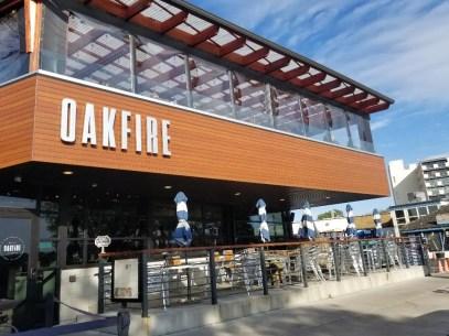 Oak fire Pizza Restaurant in Lake Geneva Wisconsin. Delicious wood fire pizza place on Lake Geneva WI. #lakegeneva #resturants #thingstodolakegeneva #wisconsin