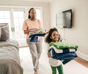 Chores the kids can do to help you get organized at home.