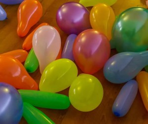 Balloon Birthday Surprise for kids. Fill your Childs room with balloons on their birthday morning. An easy birthday tradition to start this year!
