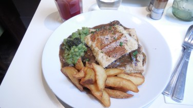 Londres - restaurant10 - Mildred's - tarte champignon