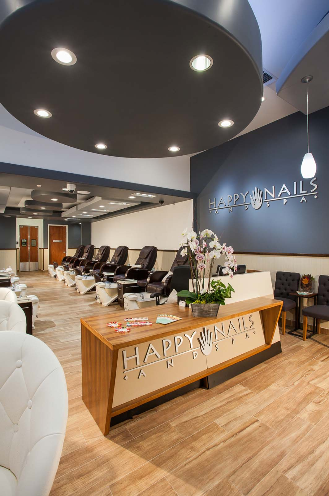Happy Nails And Spa Salons
